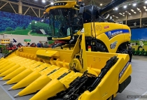 Новая концепция комбайнов New Holland. Видео